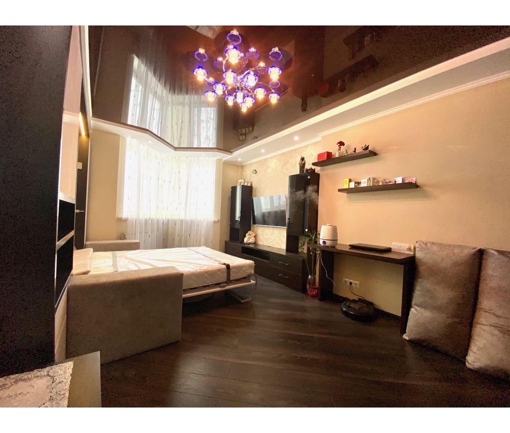 Шкаф кровать черно-белая : Малиновка, ул. Космонавтов