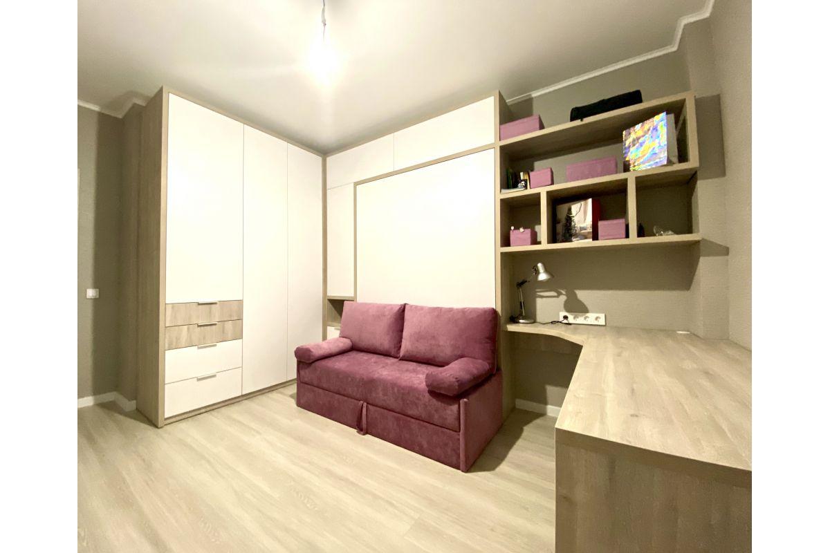 Кровать встроенная с диваном, шкафами и письменным столом: Minsk World , ул. Братская, д.12