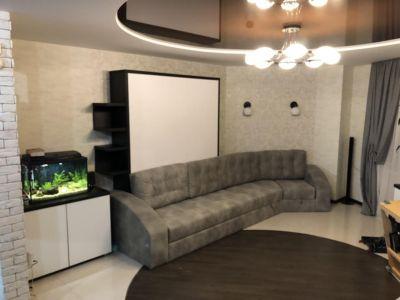 Кровать трансформер в гостиную с угловым диваном и аквариумом: ул. Чечета