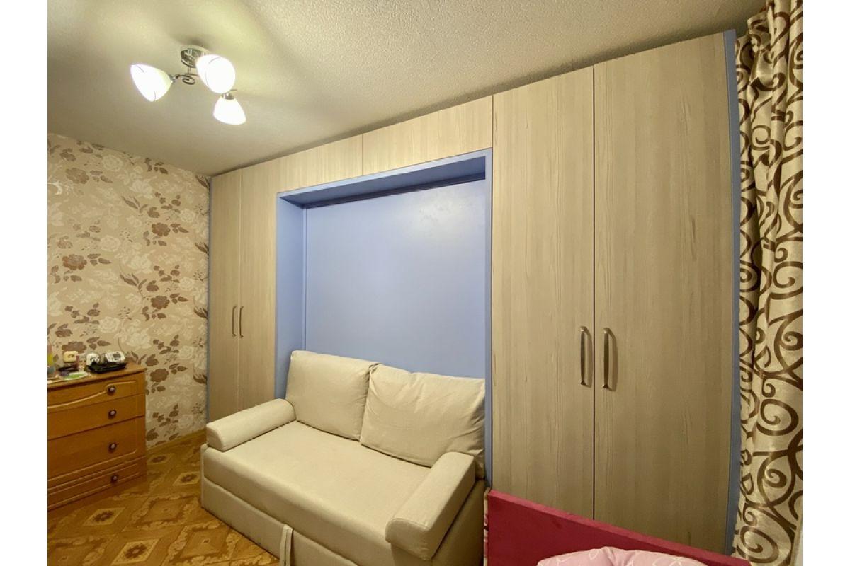 Шкаф кровать с диваном и встроенными шкафами: пр. Дзержинского, д. 11